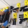 Sınır kapısında suikast silahları ele geçirildi