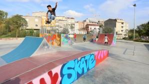 Dünya Çocuk Günü Kaykay Parkurlarının Toplu Açılışı