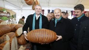 Sultangazi Yöresel Ürünler ve Hamsi Festivali'ne Büyük İlgi