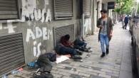 Yazıyoruz söylüyoruz ama kimse anlamıyor Türkiye ye büyük bir uyuşturucu rehabilitasyon merkezi kurun ve bu gençleri oralara toplayın tedavi edin