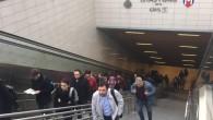 İstanbul Metrosu'nun merdivenlerini bilerek bozuyorlarŞirketler bu konuda geçinme derdini bulmuş İstanbul un birçok yerinde yürüyen merdivenleri bozuyorlar