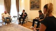 Ekrem İmamoğlu, İBB'den çıkarılan personelle görüştü