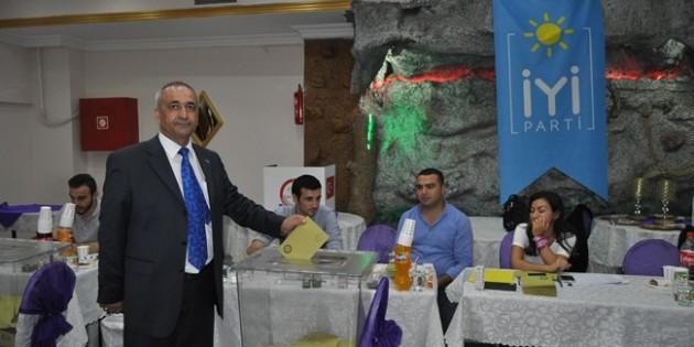 Gaziosmanpaşa iyi parti ilçe kongresini yaptı