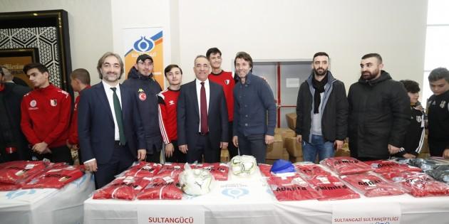 Sultangazi Belediyesi'nden Amatör Kulüplere Destek