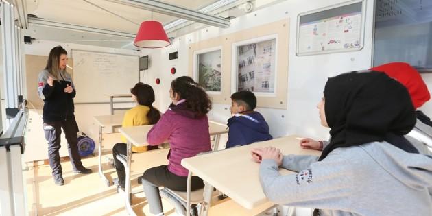 Sultangazi'de Deprem Simülasyonu