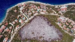 Antalya'da 'otellik' yanan Çukurbağ Yarımadası imara açıldı!