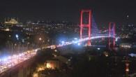 İstanbul'da bayram trafiği gece de devam etti