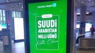 Suudlar, Türk mallarını yasaklarken İstanbul Havalimanı'na asılan pankart pes dedirtti!