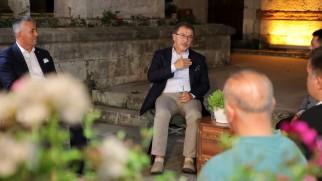 Başkan Deniz Köken, kentsel dönüşüm sorularını cevapladı