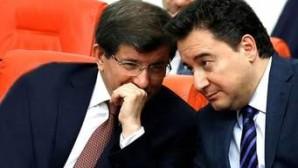 Türkiye yi Ahmet davutoglu nun ve âli babacanın ekibi yönetiyor