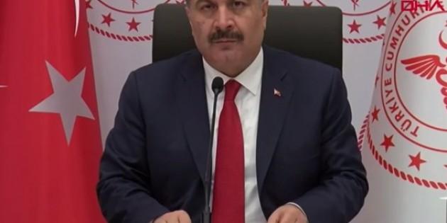 Sağlık Bakanı Koca'dan sokağa çıkma yasağı açıklaması