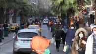 Gaziosmanpaşa'da kısıtlamaya rağmen dikkat çeken kalabalık! 'Pes' dedirten sözler: 'Yasak ama gezmeye geldim'