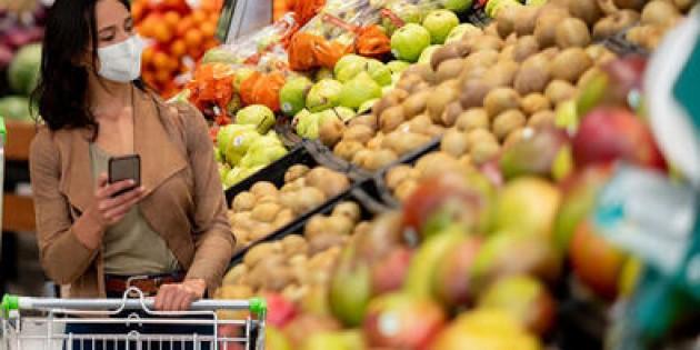 Pazarlar açıldı… Marketlerden fiyat oyunu!