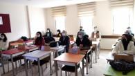 Eyüpsultan Belediyesi, yüz yüze Kamu Personeli Seçme Sınavı (KPSS) ve Dikey Geçiş Sınavı (DGS) kursu başlatıyor.