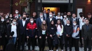 Bilal Erdoğan, Farika Sohbetlerinde Gençlerle Buluştu