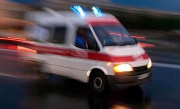 trafik-kazalarinda-cok-sayida-olu-ve-yarali-var-2403144