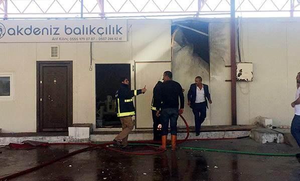 antalya-da-teroristler-roketatarla-saldirdi-2446267