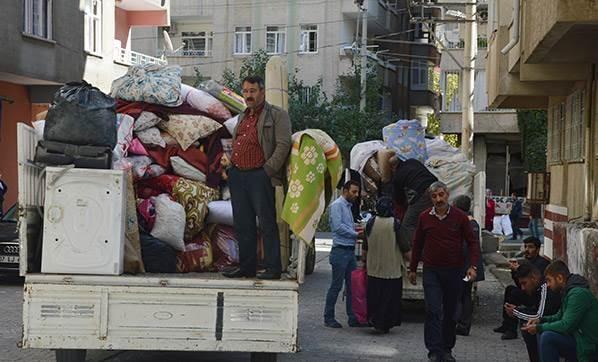 diyarbakir-daki-patlamanin-ardindan-bolgede-goc-ba-2491774