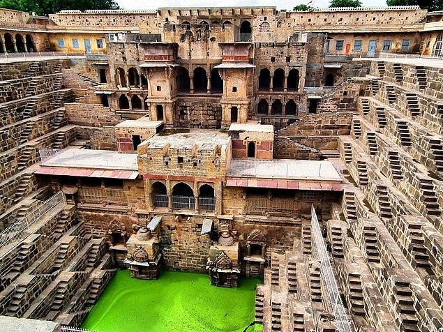 8-chand-baori-hindistan